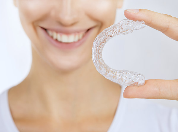 Correct Your Teeth Alignment Issues With Clear Aligners